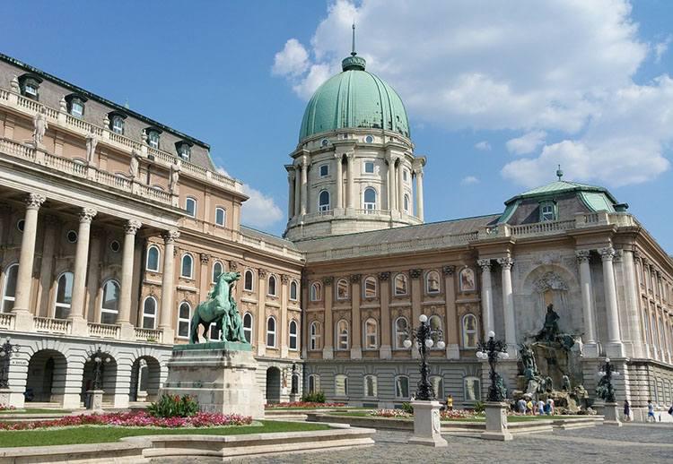 przejazd przez Węgry zamek królewski Budapeszt