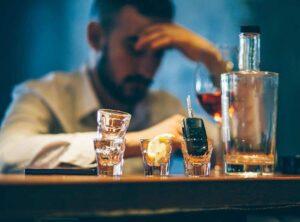 alkoholizm uzaaalkoholizm uzależnienie od alkoholuleżnienieod alkoholu